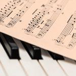 Trik Ajari Bermain Musik Bagi Si Kecil